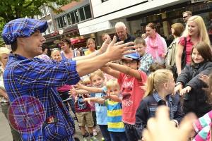 Foto Kinderzauberei mit Zauberer LIAR mit Publikum